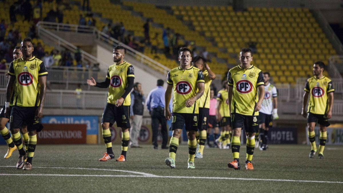 """Problemas antes de enfrentar a la """"U"""": San Luis separa a dos jugadores del plantel"""