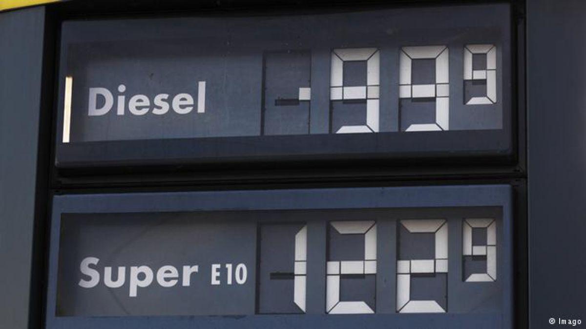 Petróleo sigue cayendo tras fin de sanciones a Irán