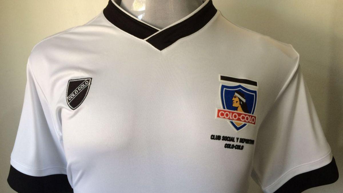 Club Social de Colo Colo lanza camiseta que busca respetar la historia de la institución