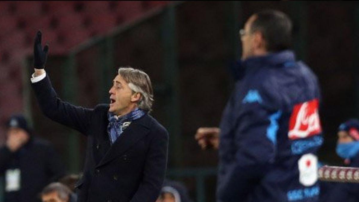 [VIDEO] Dura discusión entre los técnicos en el partido Inter-Nápoles