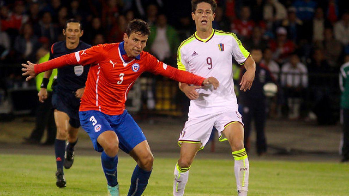 Lichnovsky supera exámenes médicos y alista su llegada al Sporting de Gijón