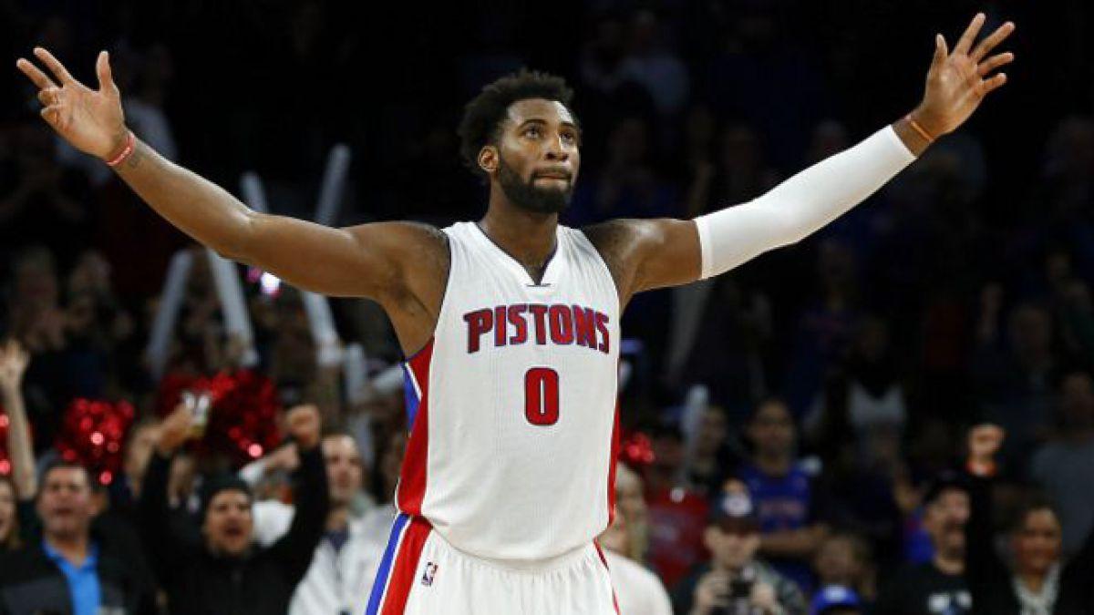 Por qué a los jugadores más altos les cuesta tanto el tiro más fácil del baloncesto