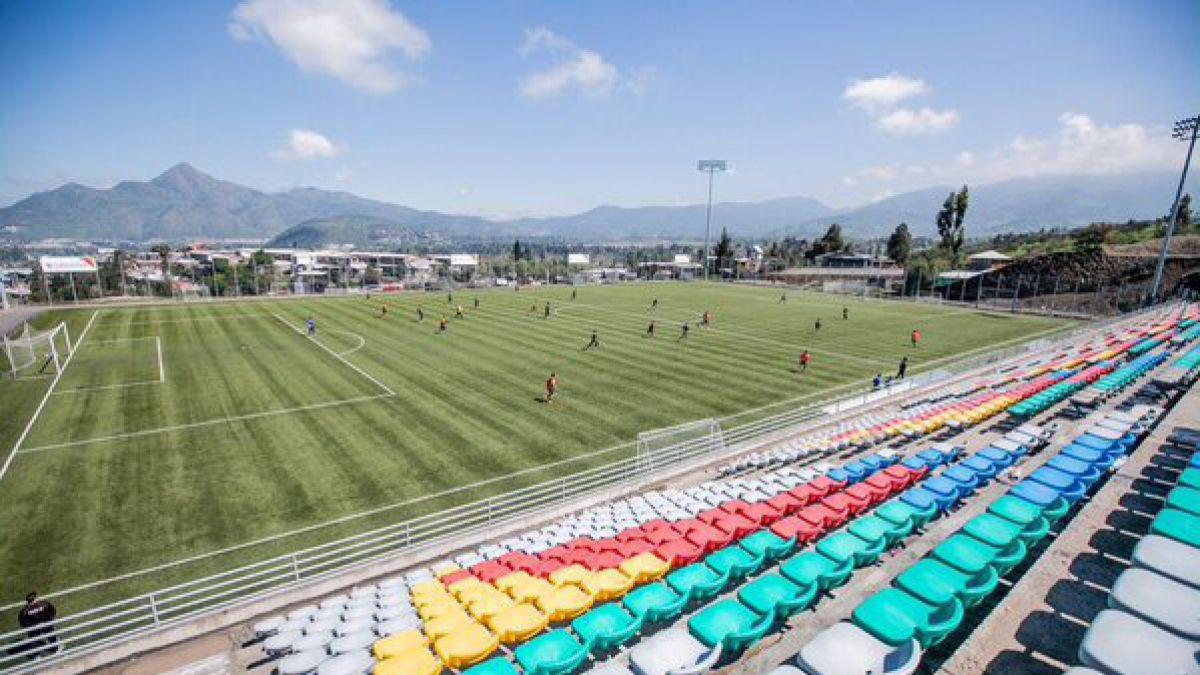 [VIDEO] Barnechea presenta nuevo estadio y confirma fichaje de experimentado goleador