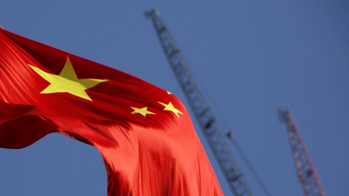 Actividad industrial en China registra en enero su nivel más bajo en tres años