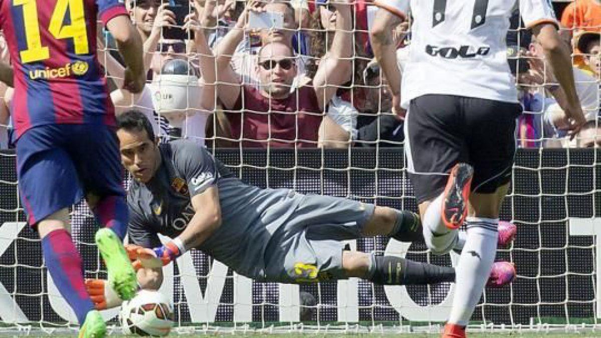 Claudio Bravo afronta junto al Barcelona su cuarto clásico ante el Real Madrid