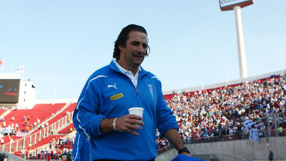 Recorrido de Juan Antonio Pizzi: Gran campaña como delantero y su experiencia en Chile