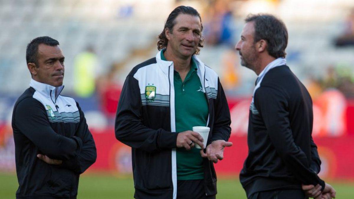 Juan Antonio Pizzi se despide de México con una derrota