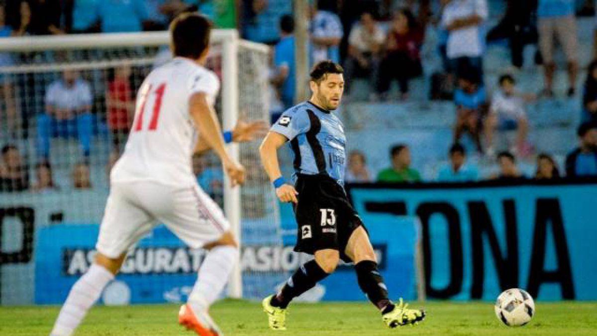José Rojas disputó sus primeros minutos con Belgrano enfrentando a Victorino y Conde