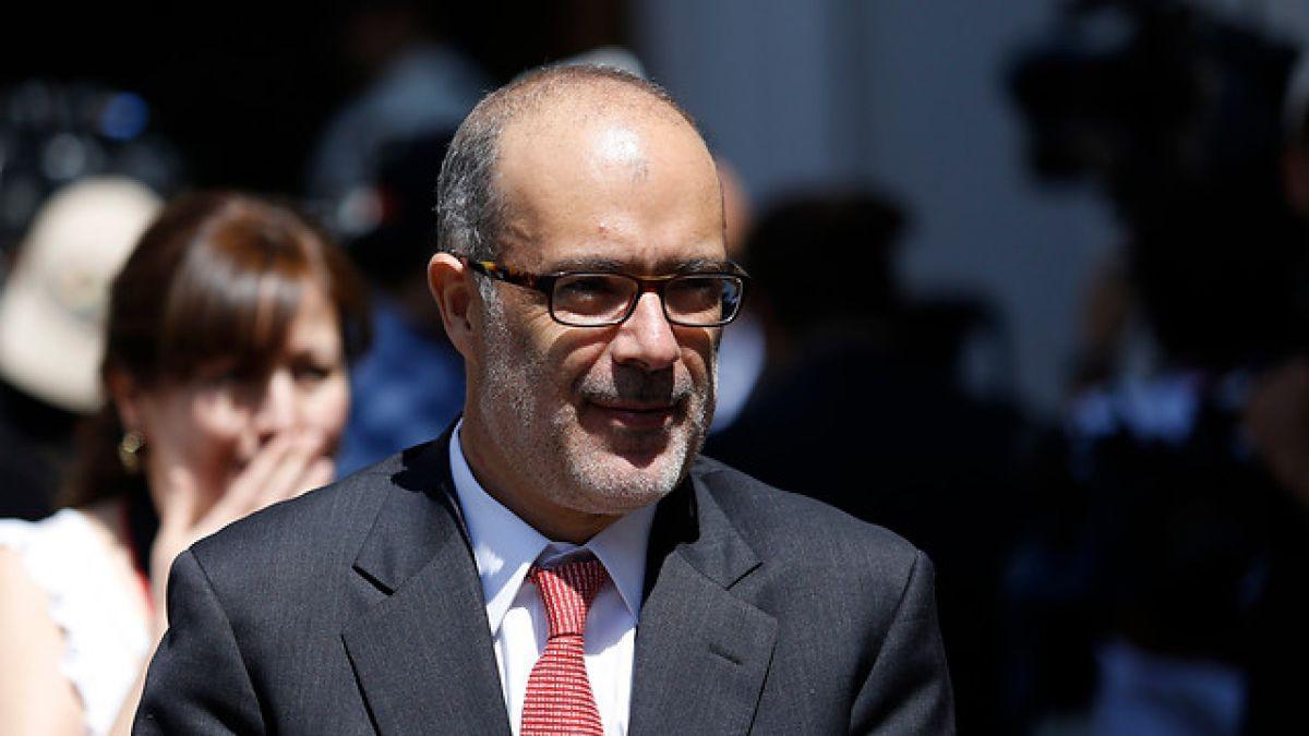 """Ministro de Hacienda por simplificación tributaria: """"Deja un sistema funcionando"""