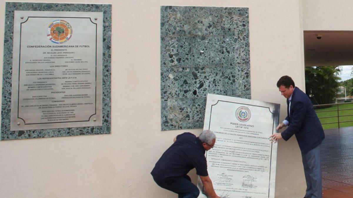 Nuevo presidente de la Conmebol quita placa de inmunidad a sede del fútbol sudamericano