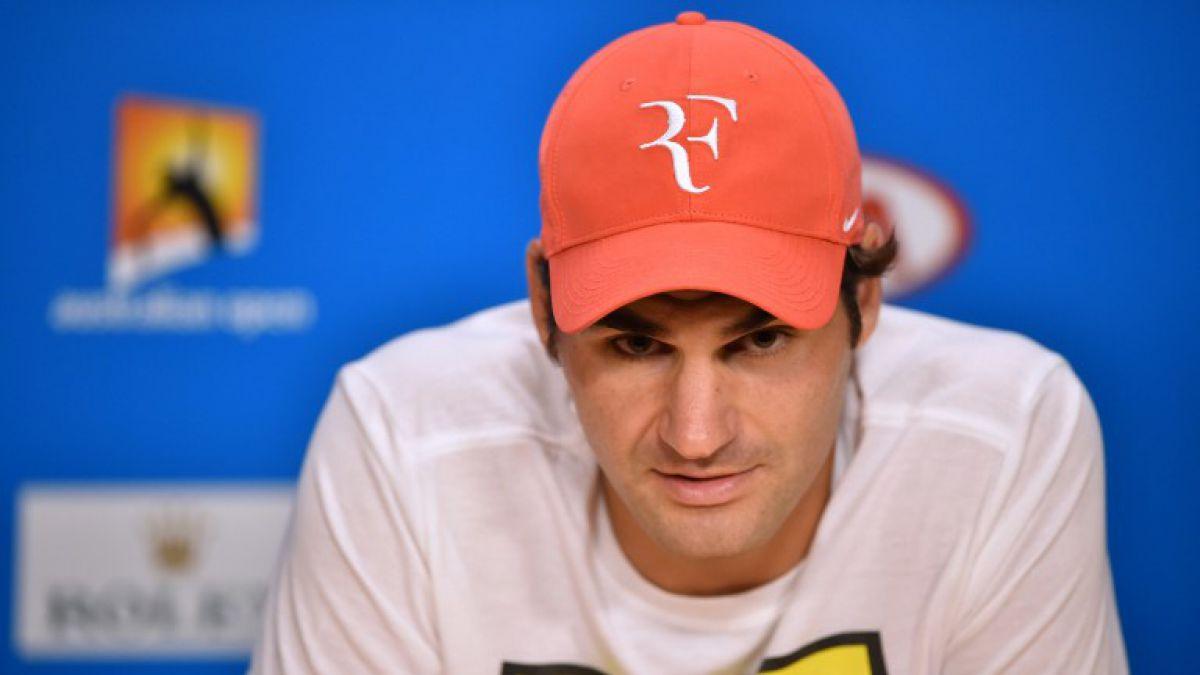 Federer es operado de una rodilla y se pierde los torneos de Rotterdam y Dubái