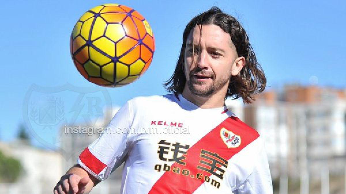 Manuel Iturra podría debutar mañana viernes por el Rayo Vallecano