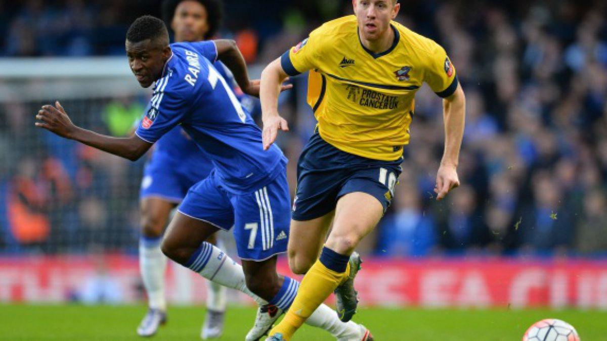 Ex jugador del Chelsea debutó en China y anotó un gol