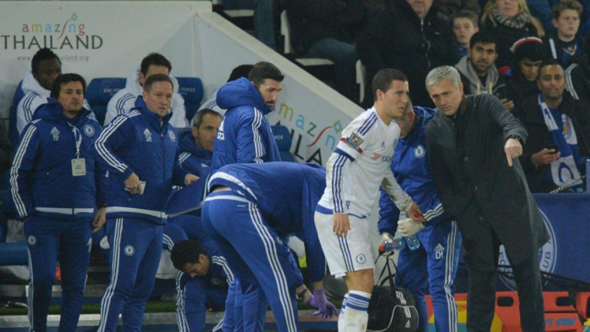 Hazard escribió un mensaje a Mourinho por su partida del Chelsea