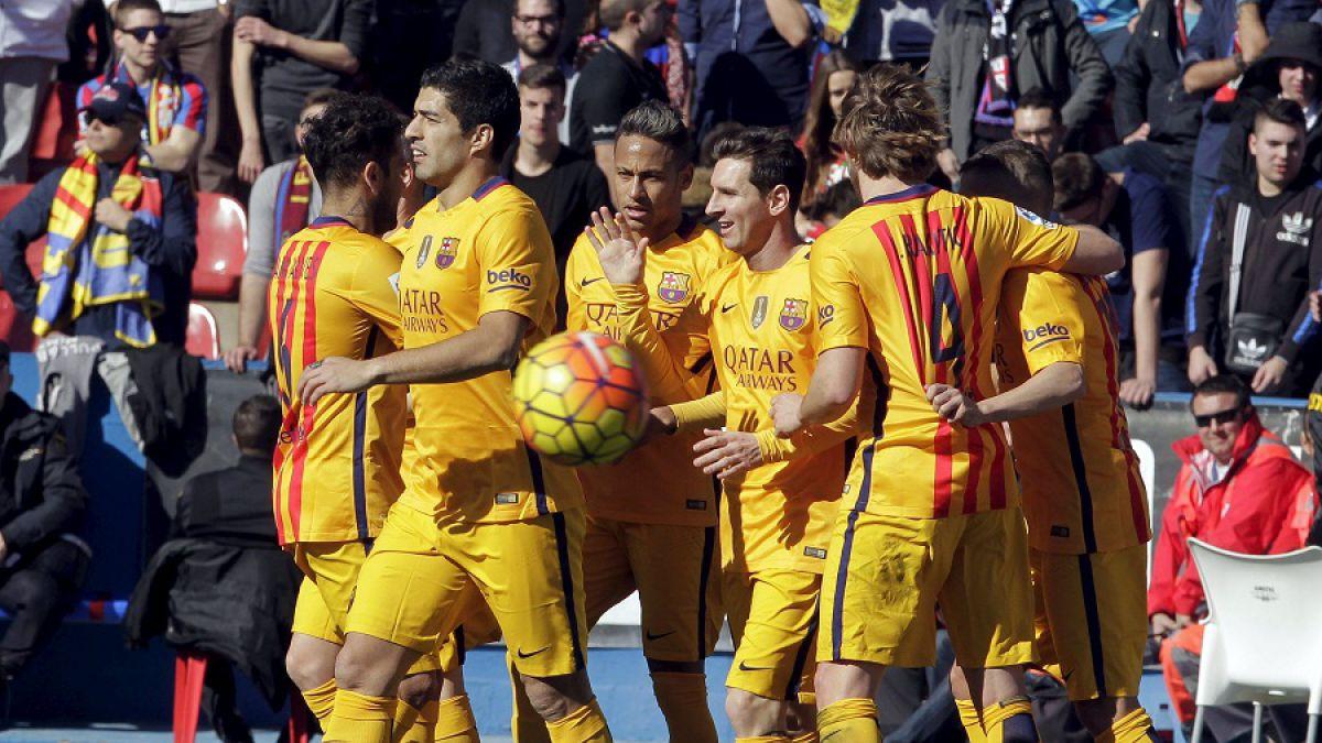 Barcelona con Claudio Bravo logra trabajado triunfo de visita ante el colista