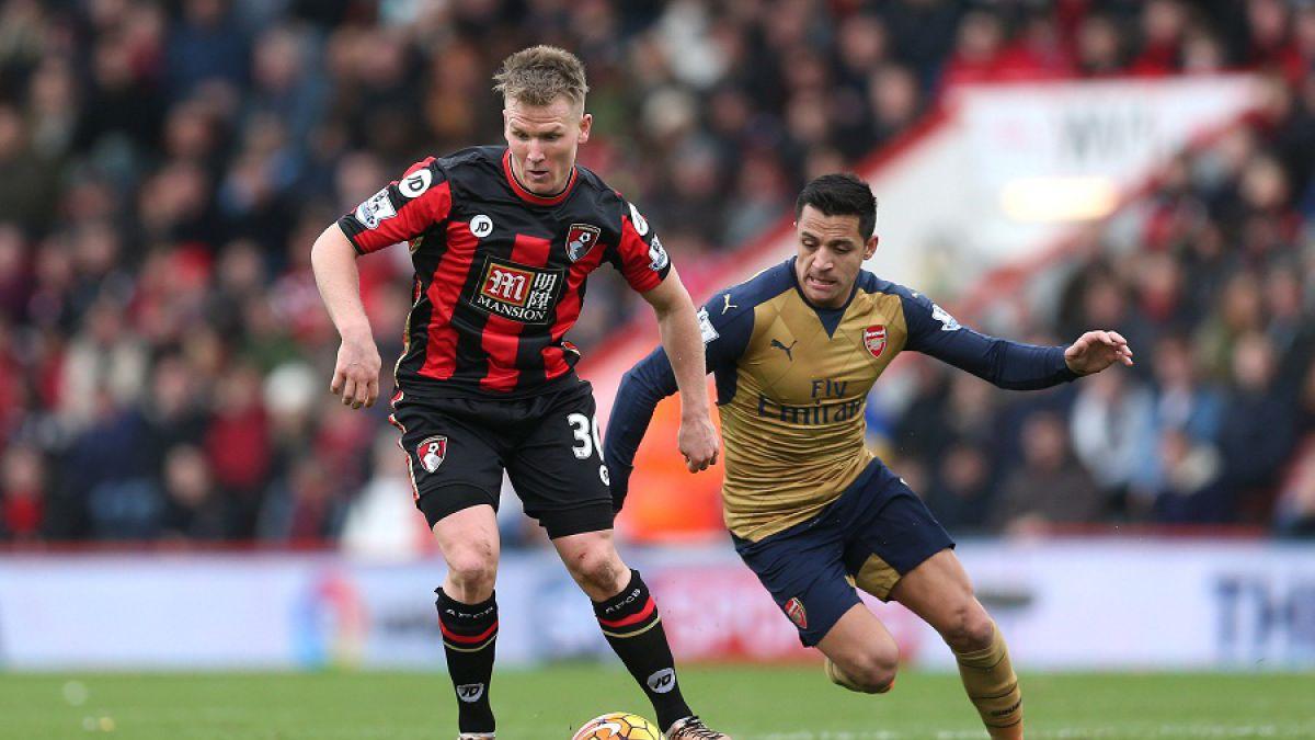 Alexis Sánchez celebra: Arsenal gana y es sublíder de la Premier League