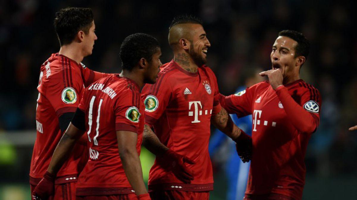 Arturo Vidal deja atrás molestias a su rodilla y juega 10 minutos en triunfo del Bayern