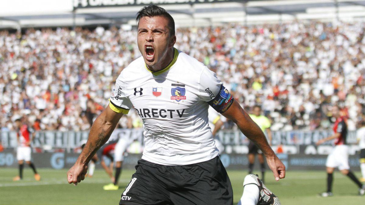 Colo Colo derrota a Antofagasta y queda como escolta de los líderes del Clausura