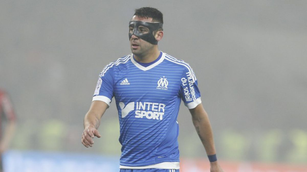Mauricio Isla no tuvo suerte en la Europa League