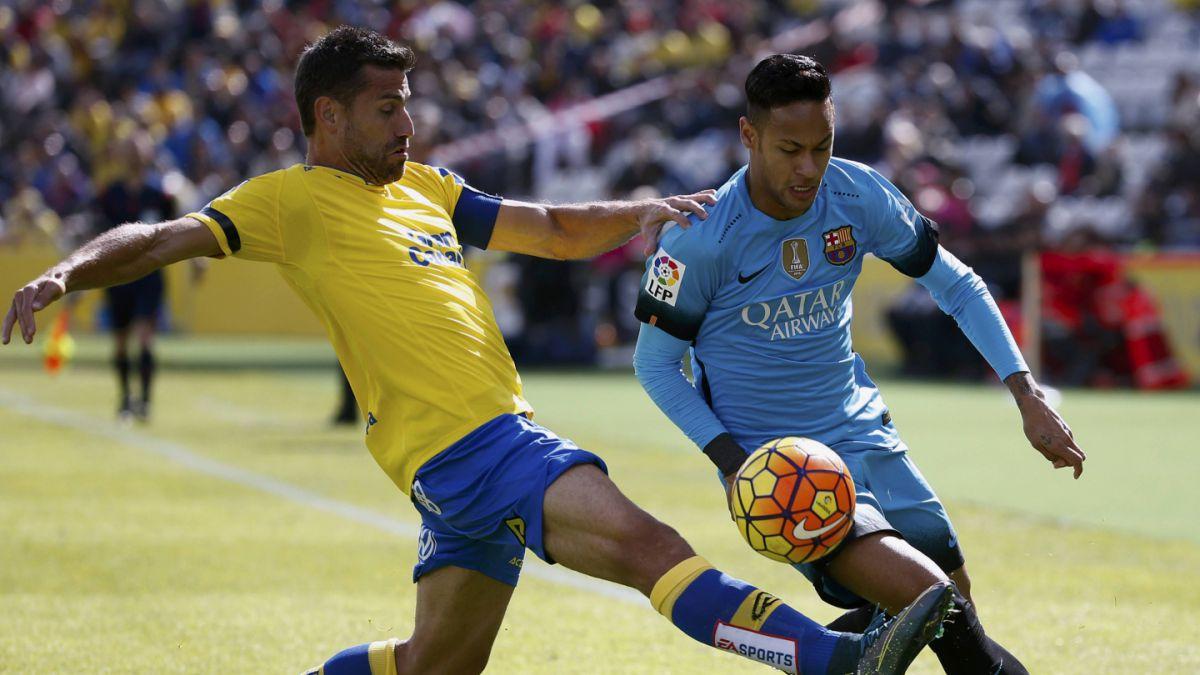 [MINUTO A MINUTO] Claudio Bravo fue titular en choque Las Palmas-Barcelona en España