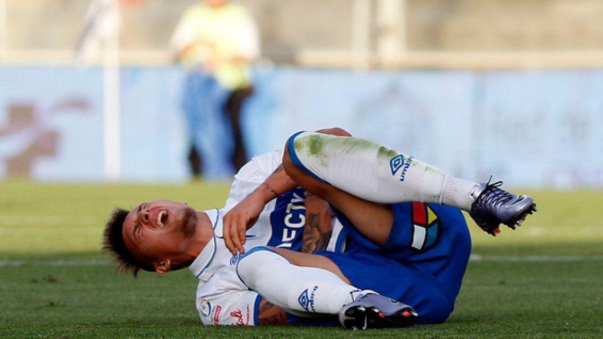 Malas noticias para la UC: Goleador Nicolás Castillo sufre desgarro