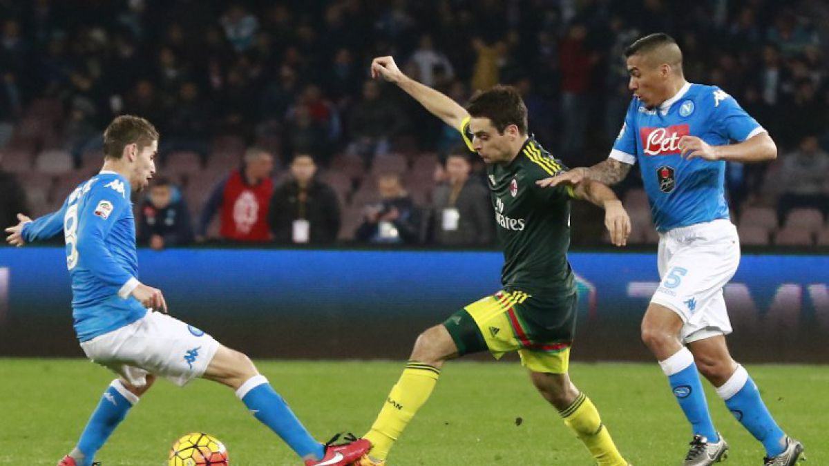Napoli empata frente al Milán y pierde opción de ser líder de la Serie A