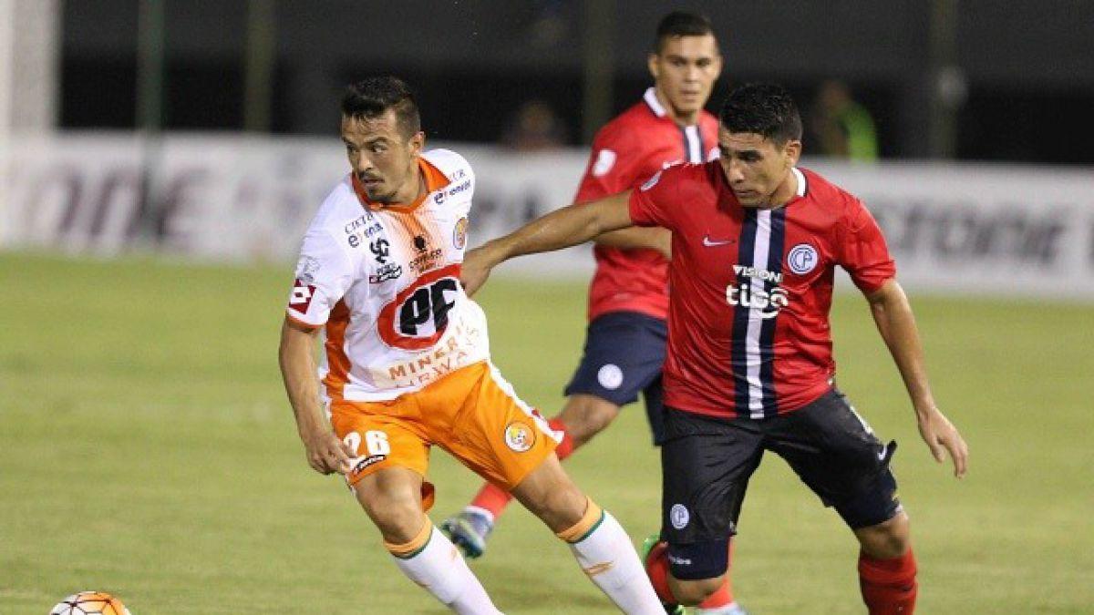 Cobresal denuncia robo de dinero en Paraguay durante duelo ante Cerro Porteño