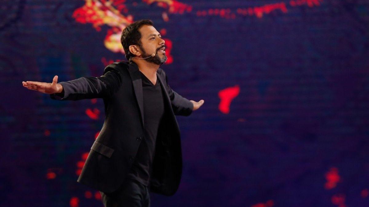 Pedro Ruminot en escena en el Festival de Viña 2016