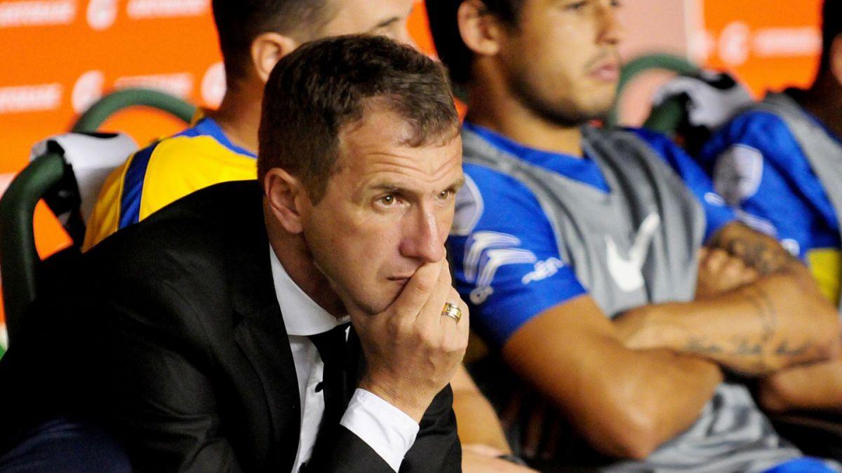 No va más: Rodolfo Arruabarrena es despedido como técnico de Boca Juniors