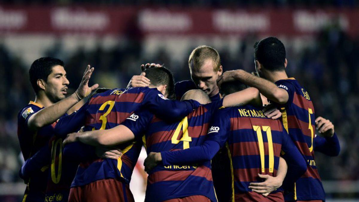 Barcelona golea al Rayo Vallecano con Messi como figura e Iturra expulsado