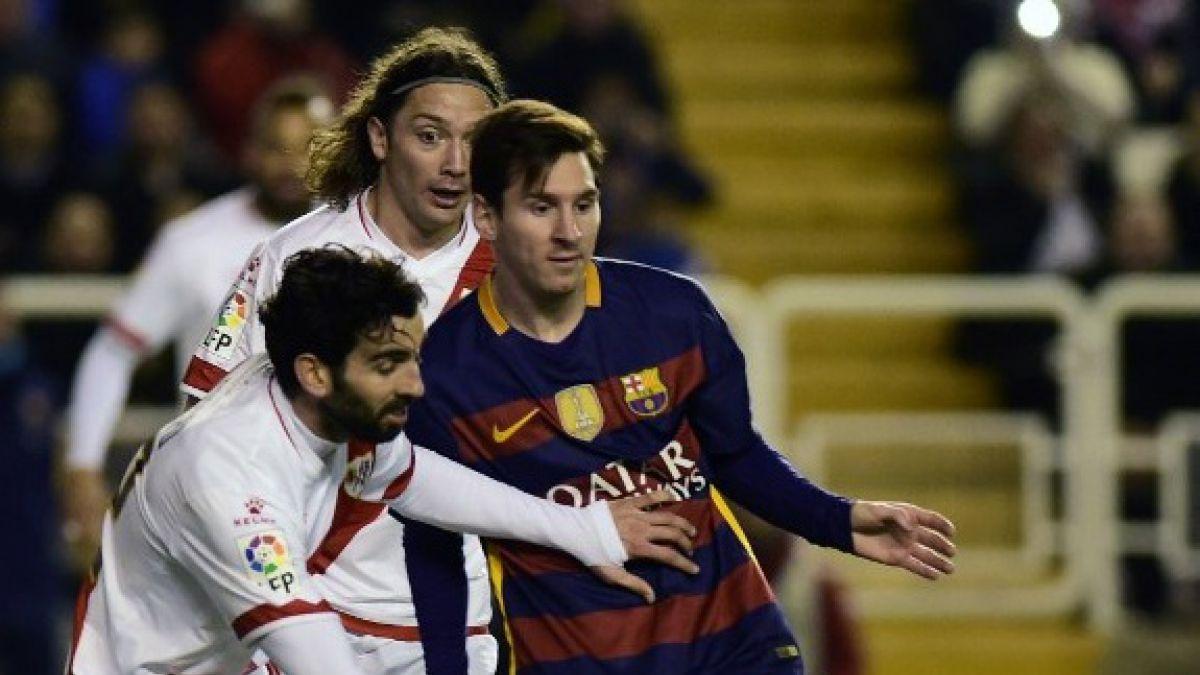 """[VIDEO] Iturra acusa que jugada previa a su expulsión ante Barcelona estaba """"viciada"""""""