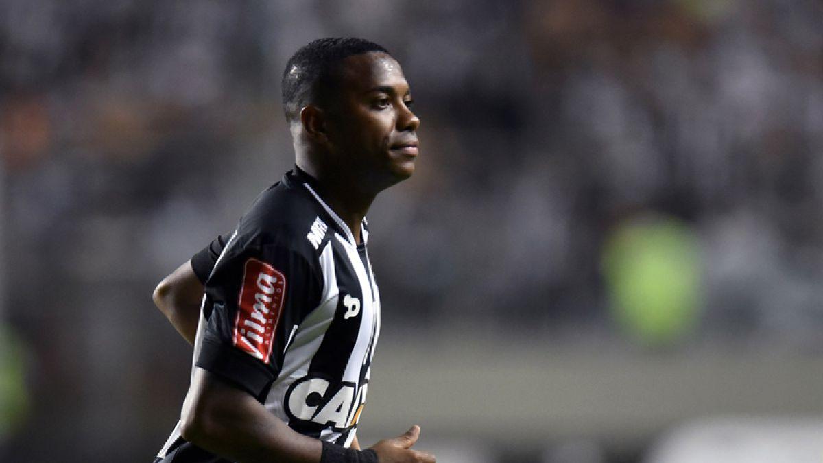 Técnico de Atlético Mineiro anuncia que Robinho no estará ante Colo Colo