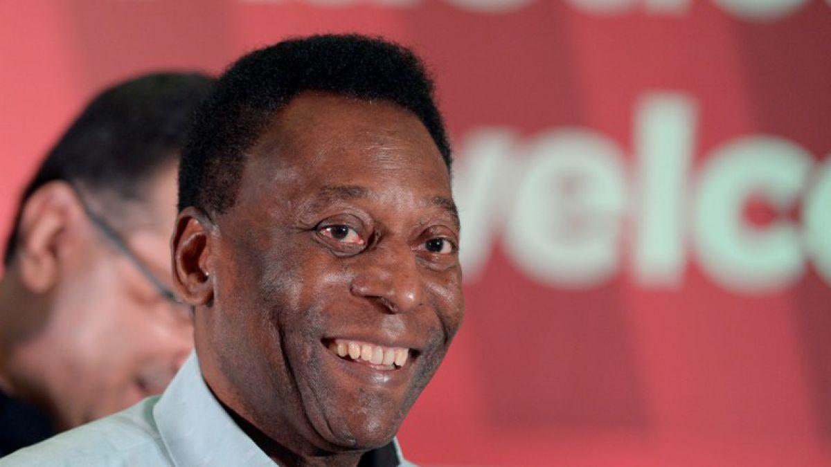 Pelé subastará cerca de 2 mil artículos que reunió durante su carrera futbolística