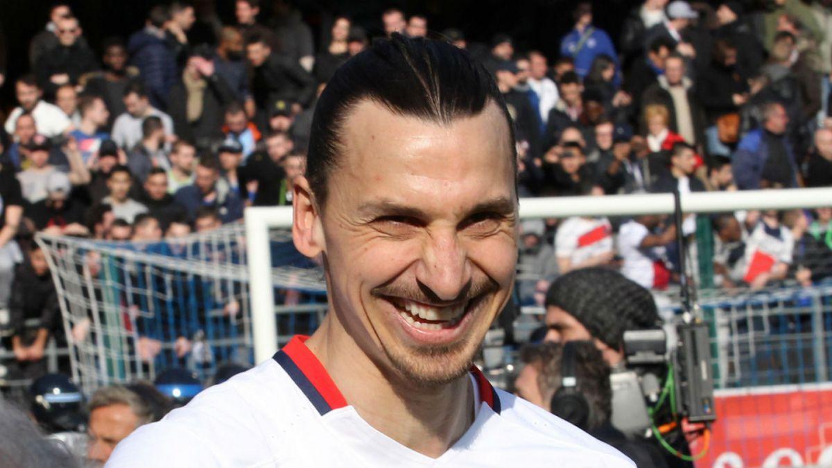 Zlatan Ibrahimovic: Me quedo en el PSG si reemplazan la Torre Eiffel por mi estatua