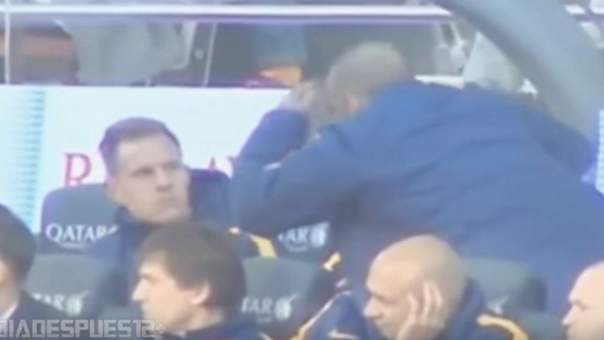 [VIDEO] Dani Alves las hizo de humorista en la banca del Barcelona, pero no hizo reír a Ter Stegen