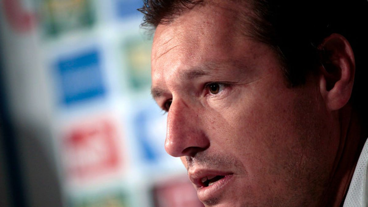 """Buljubasich y denuncia de Colo Colo sobre Castillo: """"Esperamos que no sea porque se recuperó"""""""