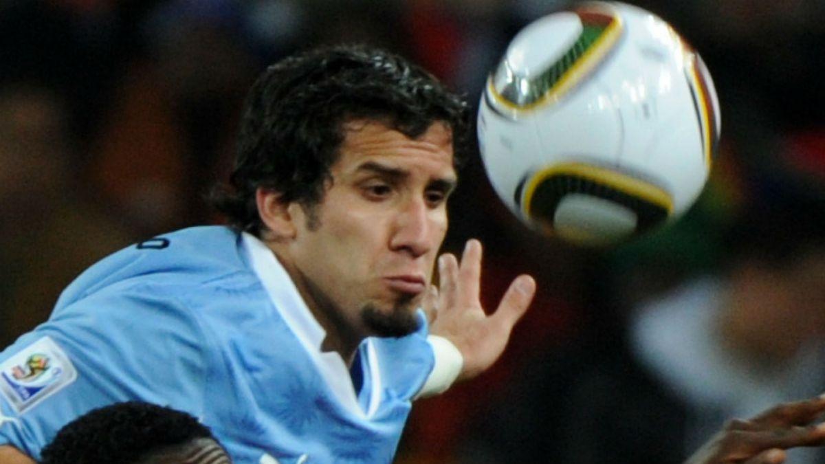 Mauricio Victorino retorna a la selección uruguaya ante lesiones en defensa