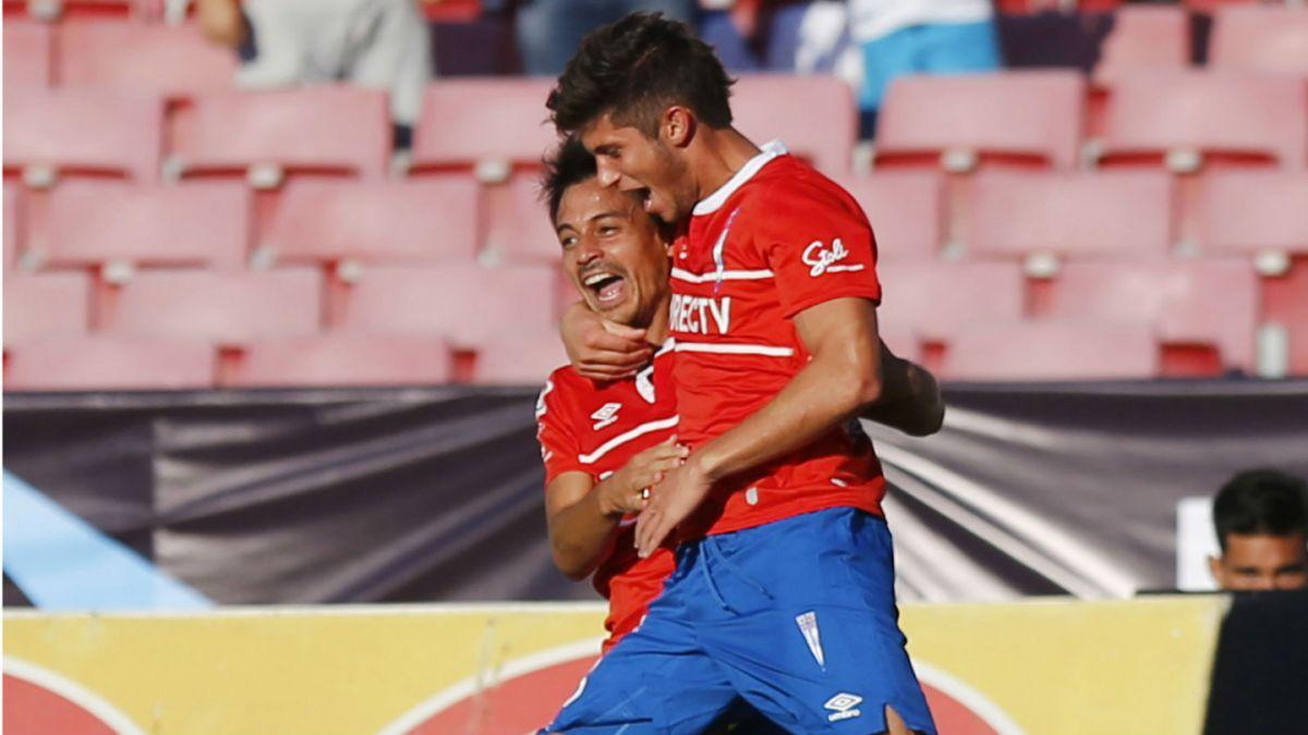 Universidad Católica derrota a Palestino y alcanza a Colo Colo en la punta del Clausura