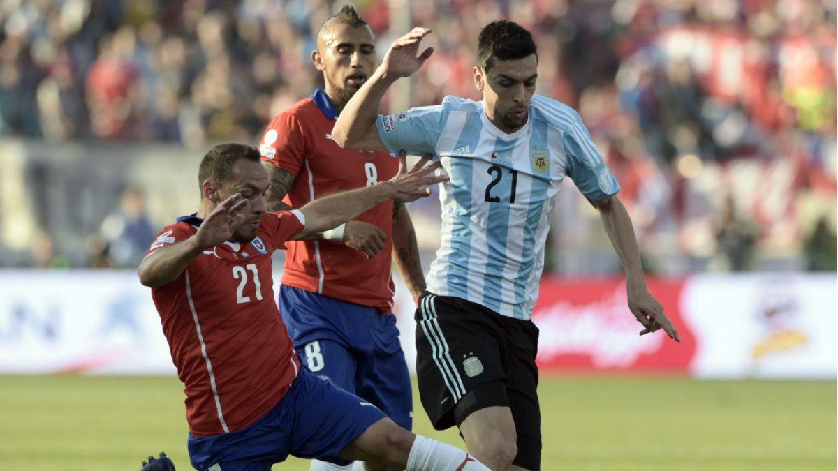 Técnico del PSG asegura que Javier Pastore no estará para duelo ante Chile