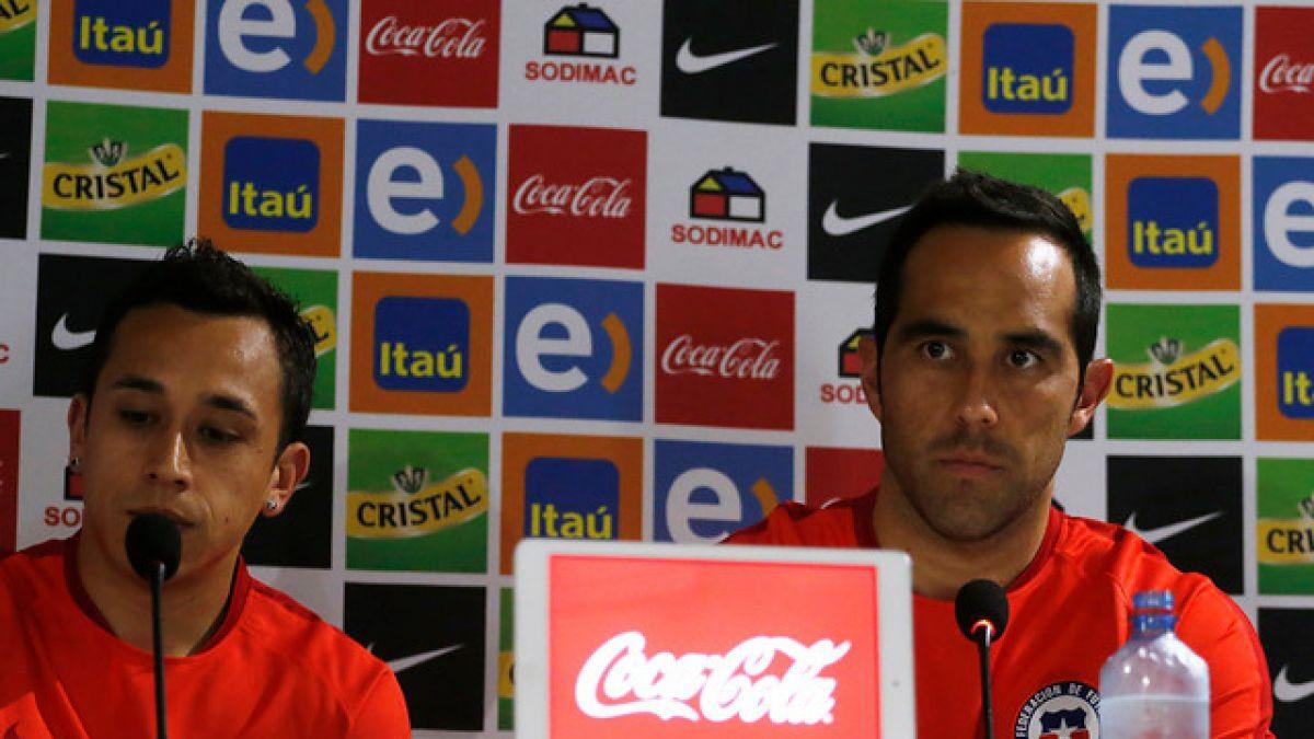 Claudio Bravo destaca llegada de jóvenes jugadores a La Roja y recuerda a Sampaoli