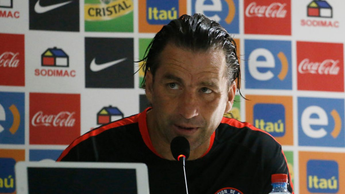 """Pizzi juega al """"misterio"""" con la formación y adelanta """"duelo tenso"""" con Argentina"""