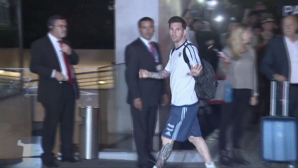 """Argentina llega a Santiago para duelo ante """"La Roja"""" por Clasificatorias"""