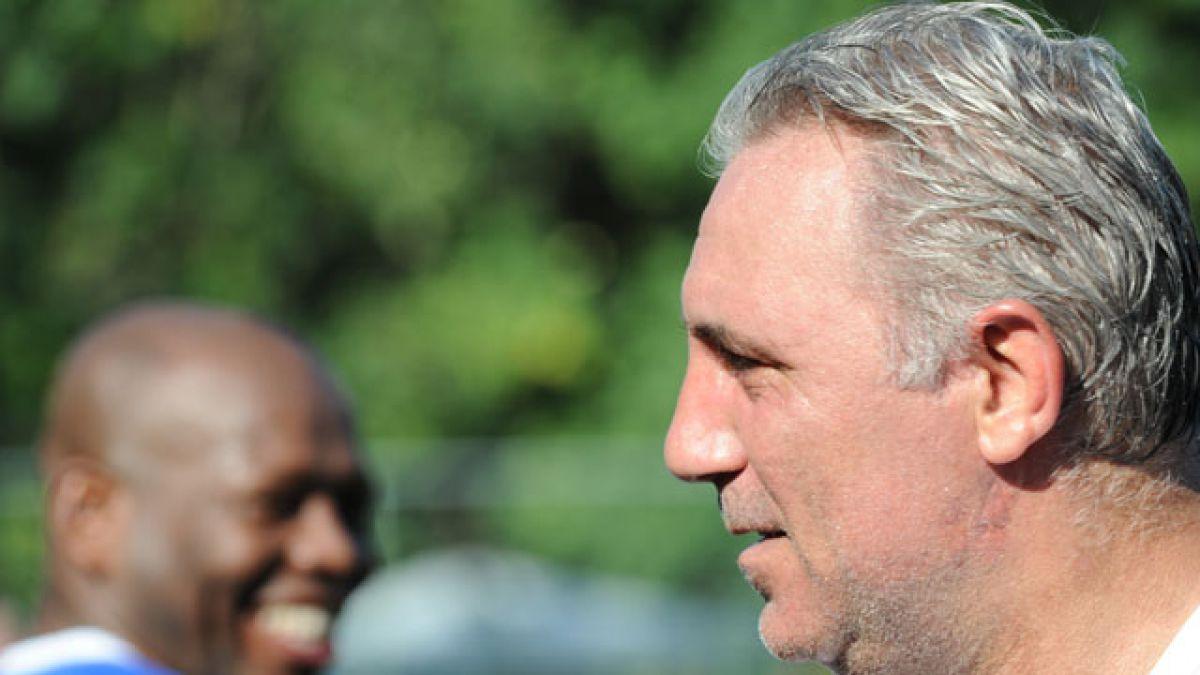 Hristo Stoichkov recibe entre lágrimas la noticia del fallecimiento de Johan Cruyff