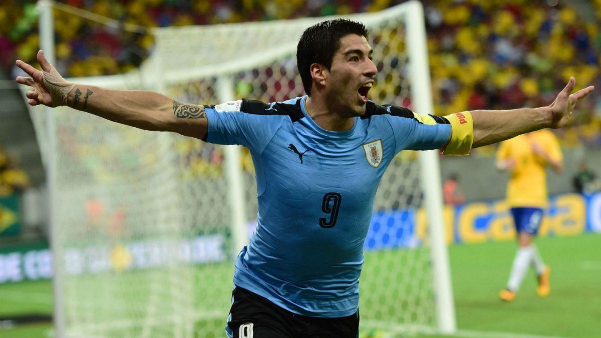 Uruguay empata con un triste Brasil en el regreso de Luis Suárez