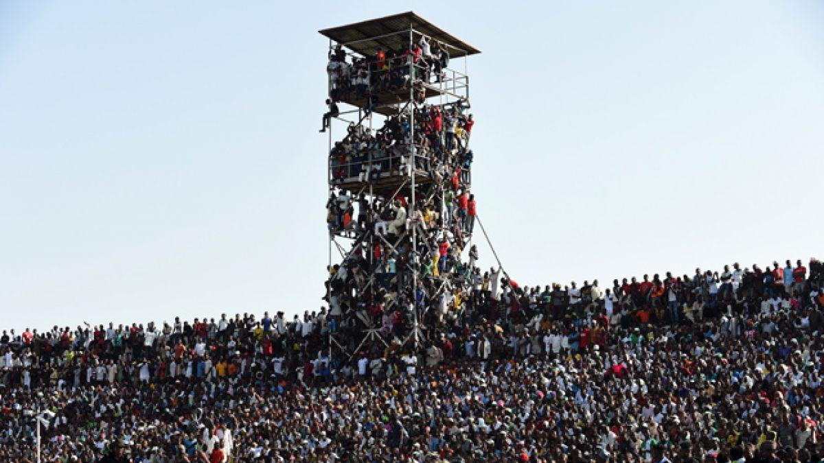40 mil personas en un estadio para 25 mil: así se vivió el Nigeria - Egipto