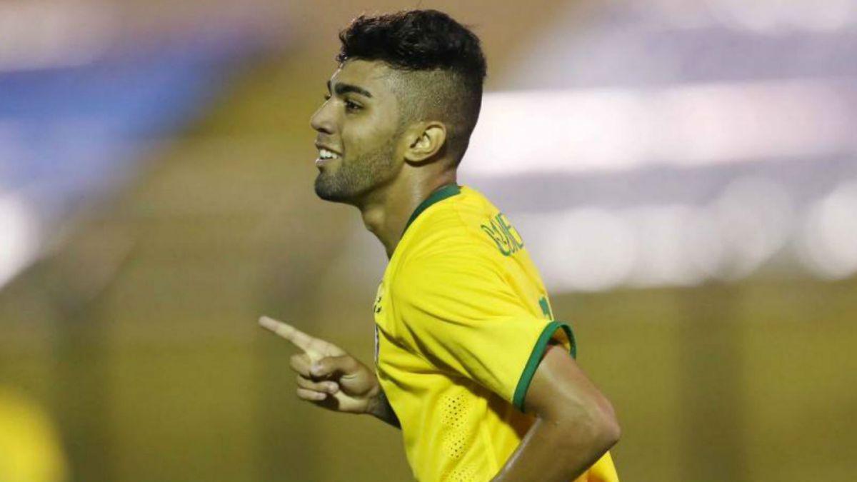 Dunga convoca a estrella juvenil de Santos en reemplazo del suspendido Neymar