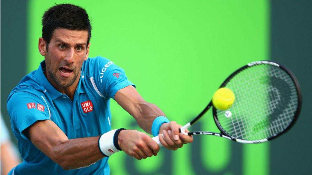 Novak Djokovic sigue firme en el Masters 1000 de Miami al vencer al portugués Sousa