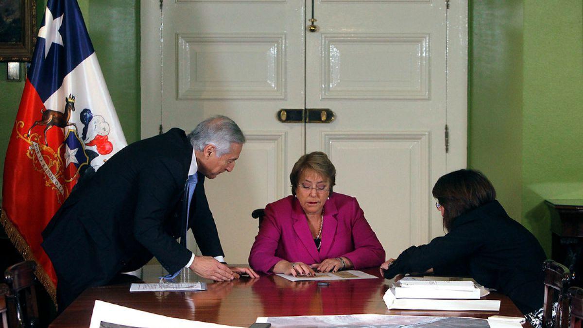 Bachelet y Muñoz se reunieron hoy a analizar demanda