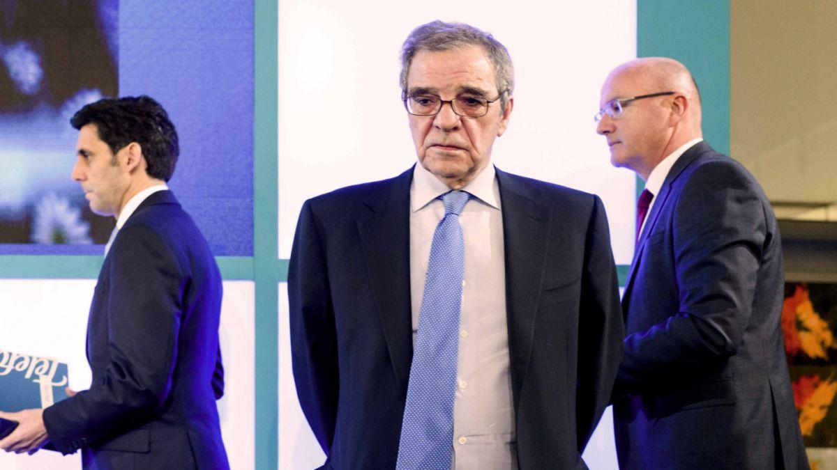 Cesar Alierta deja la presidencia de Telefónica tras 16 años en el cargo