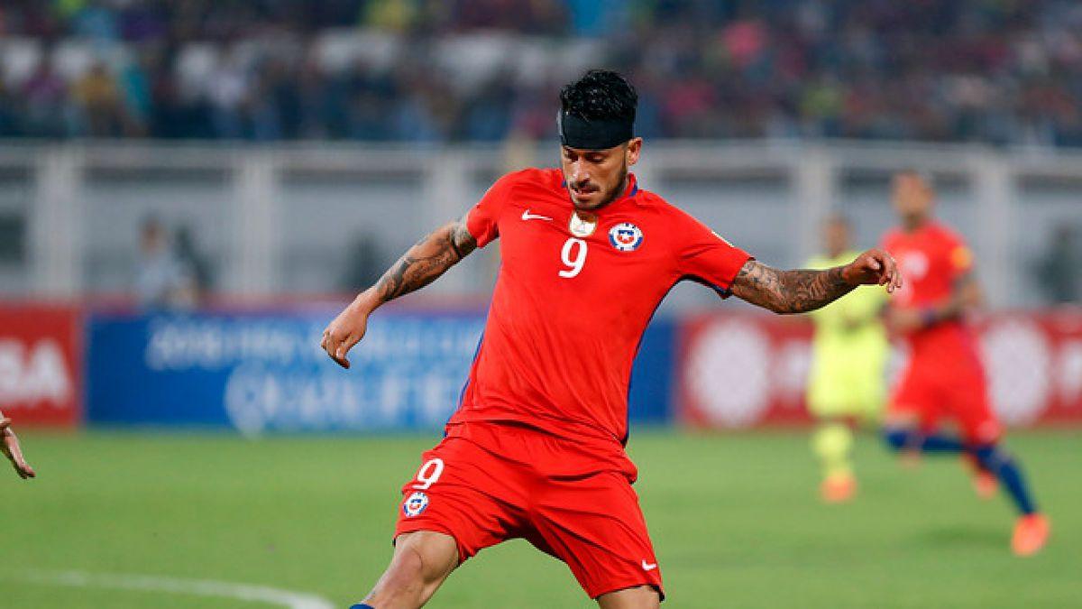 Goles que valen oro: Pinilla es elegido por la FIFA como el mejor jugador de la fecha